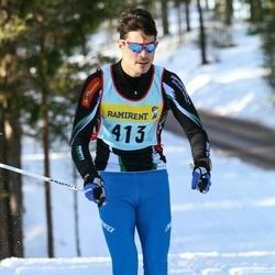 Skiing 90 km - Christoffer Bruhn (4137)