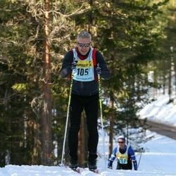 Skiing 90 km - Henrick Halen (1057)