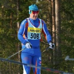 Skiing 90 km - Henrik Jonsson (3087)