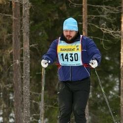 Skiing 90 km - Fredrik Naess (14307)