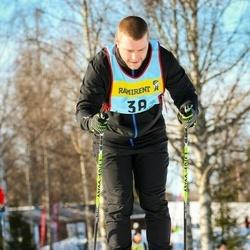 Skiing 90 km - Alexander Lindström (386)