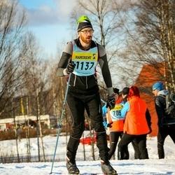 Skiing 90 km - Henrik Hargedahl (11376)