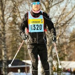 Skiing 90 km - Henrik Fredriksson (13206)