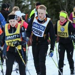 Skiing 90 km - Dan Eriksson (12998), Ellinor Vejlens (17716), Pia Engman (18023)