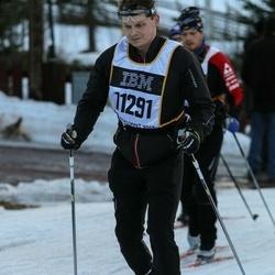 Skiing 90 km - Christian Holmberg (11291)
