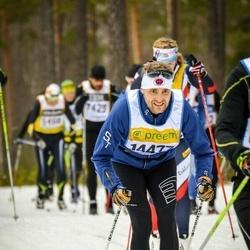 Skiing 90 km - Simon Skoglund (14477)