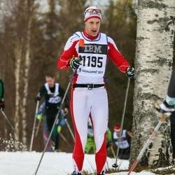 Skiing 90 km - Martin Lundgren (1195)