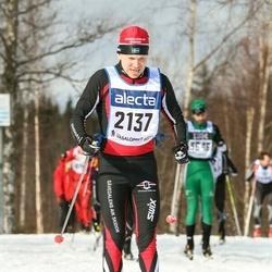 Skiing 90 km - Tommy Jonsson (2137)