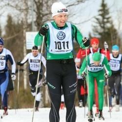 Skiing 90 km - Anders Hübinette (1011)