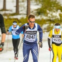 Skiing 90 km - Fredrik Swärd (2042)