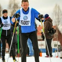 Skiing 90 km - Christian Larsson (15007)