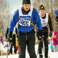 Skiing 90 km - Emanuel Viksten (13826)