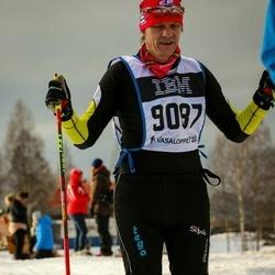 Skiing 90 km - Mikael Palovaara (9087)