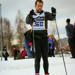Skiing 90 km - Henrik Karlsson (13612)