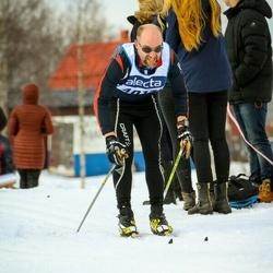 Skiing 90 km - Henrik Westerberg (4017)