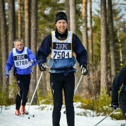 Skiing 90 km - Henrik Andersson (7504)
