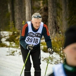 Skiing 90 km - Daniel Nordström (9518)