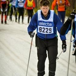 Skiing 90 km - Henrik Andersson (8229)