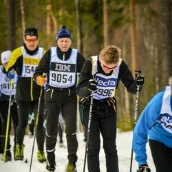 Skiing 90 km - Torsten Eriksson (9054), Anton Broman (13996)