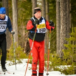 Skiing 90 km - Christian Esters (10588)