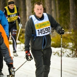Skiing 90 km - Henrik Grön (14590)