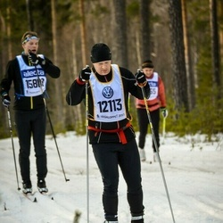 Skiing 90 km - Henrik Holmqvist (12113)