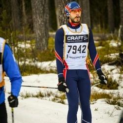 Skiing 90 km - Henry Fröcklin (7942)