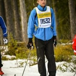 Skiing 90 km - De Jong (11532)