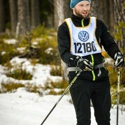 Skiing 90 km - Henrik Sandelund (12180)