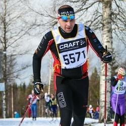 Skiing 90 km - Fredrik Eljas (5571)