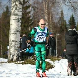 Skiing 90 km - Jean Claude Legras (3431)