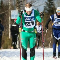 Skiing 90 km - Fredrik Hansson (15978)