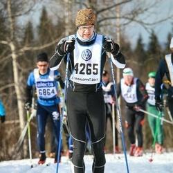 Skiing 90 km - Per Edlund (4265)