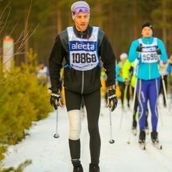 Skiing 90 km - Aron Rydhem (10868)