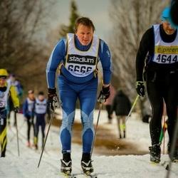 Skiing 90 km - Fredrik Lindh (6666)
