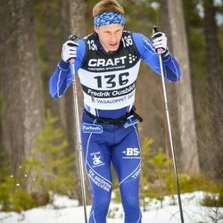 Skiing 90 km - Fredrik Ousbäck (136)