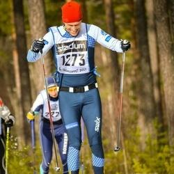 Skiing 90 km - Henrik Wallin (1273)