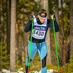 Skiing 90 km - Anders Lindroos (3430)