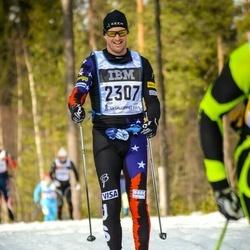 Skiing 90 km - Eli Brown (2307)