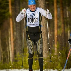 Skiing 90 km - Mattias Elg (10100)