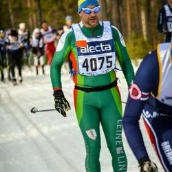 Skiing 90 km - Anders Lundin (4075)