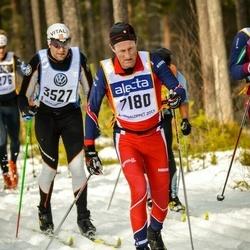 Skiing 90 km - Niklas Brate (7180)