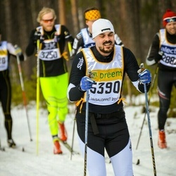 Skiing 90 km - Johan Törner (5390)