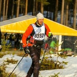 Skiing 90 km - Mats Letnes Hallén (9992)