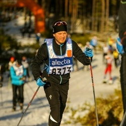 Skiing 90 km - David Glans (8373)