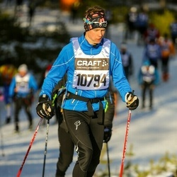 Skiing 90 km - Henrik Lindqvist (10794)