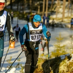 Skiing 90 km - Herman Gill (8717)