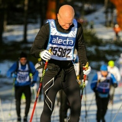Skiing 90 km - Anders Agefur (15982)
