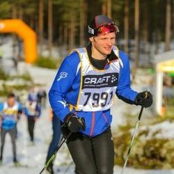 Skiing 90 km - Carl-Fredrik Karlsson (7991)