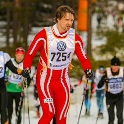 Skiing 90 km - Daniel Arvidson (7254)